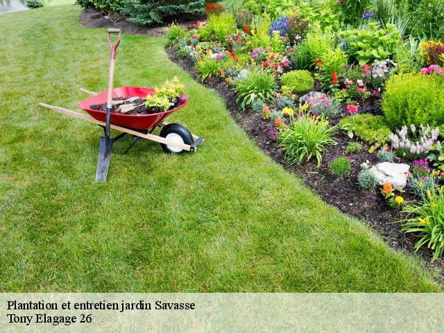 Jardinier pour entretien de jardin à Savasse tél: 04.11.34.20.00